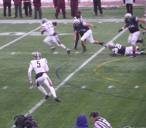 Fordham's Chase Edmonds bursts through the UNH defense for a 91-yard TD run in 2014 FCS playoff.