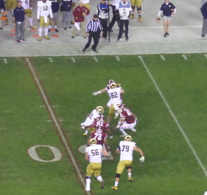 Temple defense closes in of RB CJ Prosise.