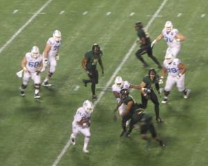 Elijah Hood of UNC picks up 30 yards on this play.