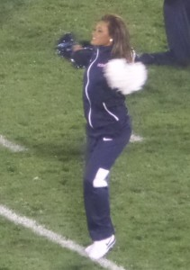 The Huskies need to give their cheerleading squad more to cheer about!